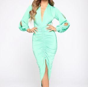 Fashion Nova mint ruched midi dress XS